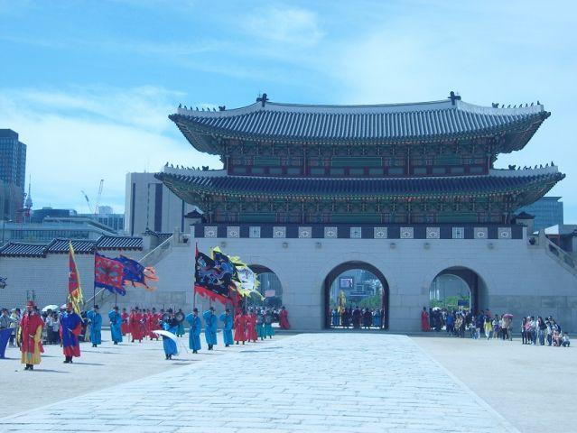 Une petite porte sympa à Séoul